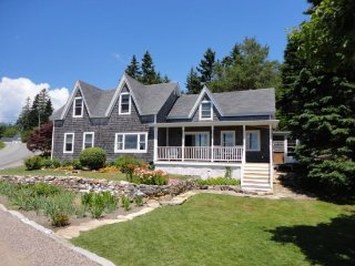 Captain Guptill House steps from the waters edge in Winter Harbor - Winter Harbor vacation rentals