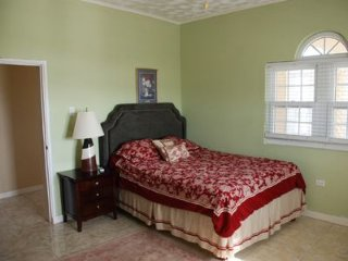 Beautiful 1 bedroom Bed and Breakfast in Trelawnyd - Trelawnyd vacation rentals