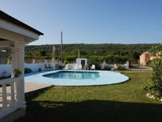Perfect 7 bedroom Vacation Rental in Trelawnyd - Trelawnyd vacation rentals