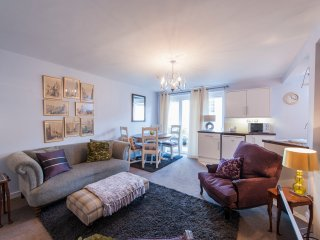 Lovely 2 Bdr Flat in the Heart of Stockbridge - Edinburgh vacation rentals
