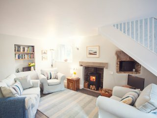 Gorgeous House with Internet Access and Fireplace - Llangorse vacation rentals