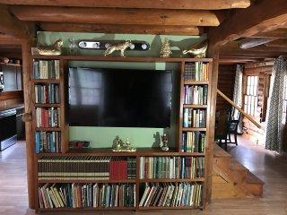 Ponderosa Log House - Oakhurst vacation rentals