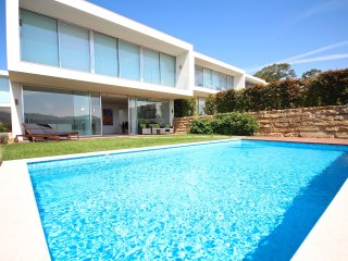 Bacuri Red Villa, Lourel, Sintra - Sintra vacation rentals
