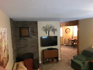 Updated townhome within walking distance to downtown - Ellicottville vacation rentals