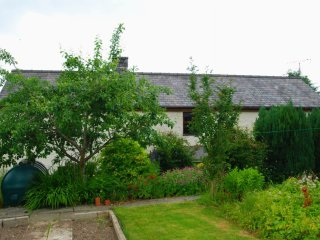 "Efail Uchaf - ""A traditional and welcoming cottage"" - Llansannan vacation rentals"