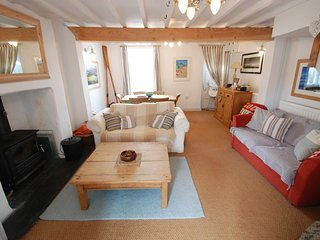 """The Cottage - """"A cool spot for surfers and seasiders alike!"""" - Abersoch vacation rentals"""