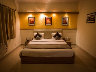 Sherwood  Suites - 2 BHK Suite (​Marathahalli) - Bangalore vacation rentals
