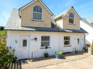 56 TREROSE COOMBE, semi-detached cottage, three bedrooms, pets welcome, in - Downderry vacation rentals