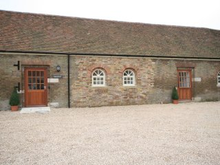 Nice Barn with Internet Access and Television - Ivinghoe vacation rentals