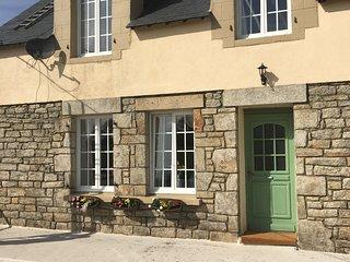 Maison Saint Maude - Scaer vacation rentals