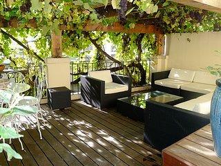 SOUS LA TREILLE AP2075 - Nice vacation rentals
