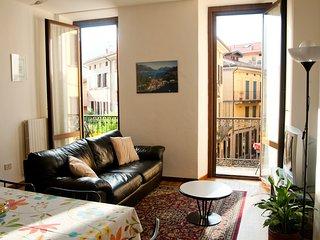 Luminous family apart in the heart of Bellagio - Bellagio vacation rentals