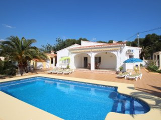 Albertina - private pool villa, free Wifi, in Calpe - La Llobella vacation rentals