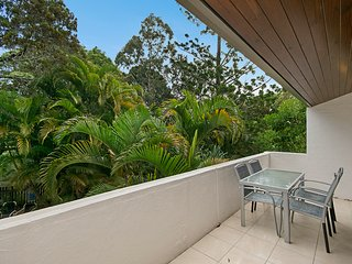 Little Cove Terraces - Apartment 5   WALK TO BEACH AND HASTINGS - Noosaville vacation rentals