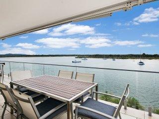 Paradise River Vista - 3 bed apartment | - Noosaville vacation rentals