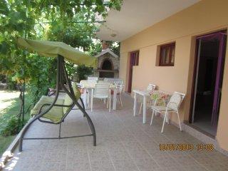 Apartments Čerina - 31851-A2 - Okrug Donji vacation rentals