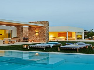 Stunning villa located near the famous Cala Conta beach with sunset view. - Sant Josep De Sa Talaia vacation rentals