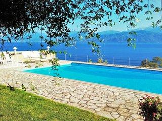 COMPLETE ART - Nafpaktos vacation rentals
