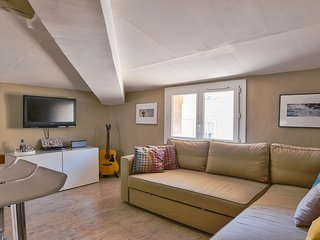 CATHEDRALE - 2 PIECES CENTRE VILLE 2 PERSONNES - Aix-en-Provence vacation rentals