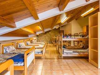 Alberg de Talarn - 1 - Camas Individuales en Habitación Mixta Compartida - Talarn vacation rentals