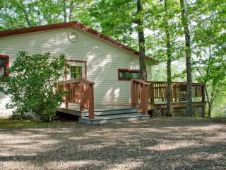 The Fisherman's Cabins (sleeps 2) No Pets - Oklahoma vacation rentals