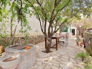 Bright 3 bedroom House in Alaro - Alaro vacation rentals