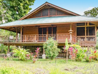 Casa Placido - Sleeps 6 - Roatan vacation rentals