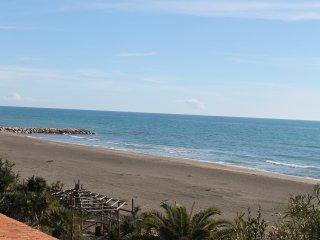 The Waves House at Fondi Sperlonga - Salto di Fondi vacation rentals