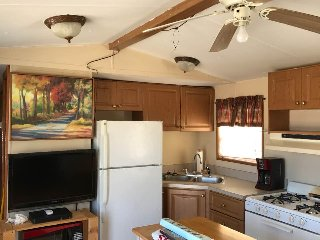 Perfect Fisherman's Cottage with Boat Slip! - Oak Hill vacation rentals