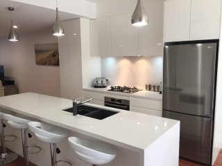 Chic Townhouse in North Adelaide - Adelaide vacation rentals
