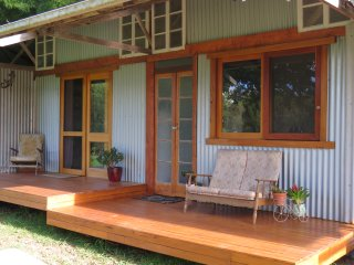 Lovely Studio with Deck and Internet Access - Pottsville vacation rentals