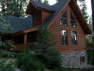 Large, Quiet Lakeview Lodge in Tall Pines; 135 miles from San Francisco - Pollock Pines vacation rentals