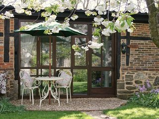 Bluebell Cottage - Beautiful character cottage close to stunning South coast - Chale vacation rentals
