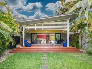 Bright 3 bedroom Elizabeth Beach House with Television - Elizabeth Beach vacation rentals