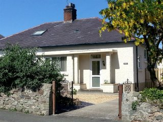 2 bedroom Cottage with Internet Access in Dwygyfylchi - Dwygyfylchi vacation rentals