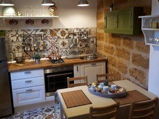 Bright 2 bedroom Sambuca di Sicilia House with Parking - Sambuca di Sicilia vacation rentals