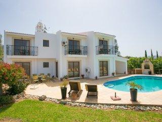 Bright 4 bedroom Vacation Rental in Argaka - Argaka vacation rentals