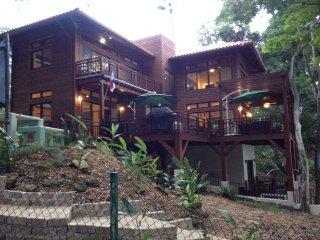 Tropical Oasis - Sandpiper Studio Apartment - Isla Saboga vacation rentals