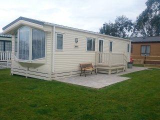 Dog friendly, 6 Berth, Holiday Static Caravan  Launceston Cornwall - St Giles on the Heath vacation rentals