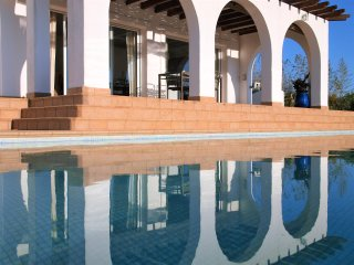 Spacious 4 bedroom Villa in Olivella - Olivella vacation rentals