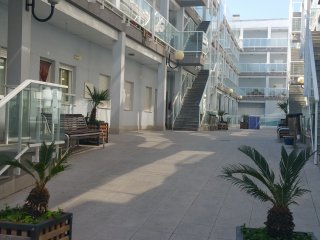 Lovely 3 bedroom Torreblanca Condo with Internet Access - Torreblanca vacation rentals
