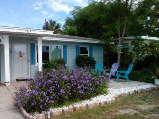Charming Beachside Bungalow - Daytona Beach Shores vacation rentals