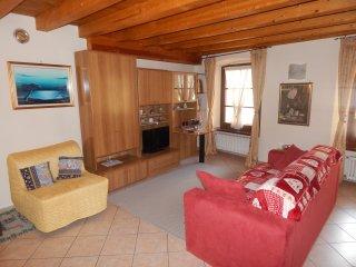 APPARTAMENTO PORTE PRETORIANE AOSTA da PAOLO - Aosta vacation rentals