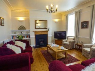 ROSEBERRY HOUSE, family friendly, character holiday cottage, with a garden in - Whitby vacation rentals