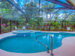 SCRND HEATED POOL/SPA-FAST WIFI-PET FRIENDLY-MINS. TO BEACH & ROGER DEAN-WASH/DR - Jupiter vacation rentals