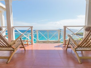 Calmando. Enjoy some of the best oceanfront views Crown Point has to offer. - Spring Bay vacation rentals