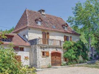 Champ Vieil: Former Farm & Vineyard - Cazals vacation rentals