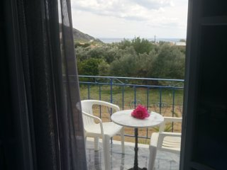 Wonderful Resort with Housekeeping Included and Mountain Views - Katelios vacation rentals