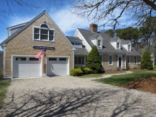 Spacious Modern Six Bedroom Chatham Home, Sleeps 14, Pets Considered: 041-C - Chatham vacation rentals