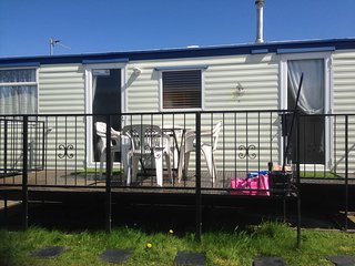 Nice Caravan/mobile home with Internet Access and Hot Tub - Rhyl vacation rentals